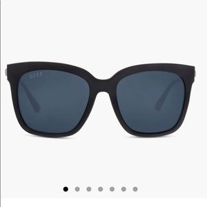 DIFF Bella Matte Black Sunglasses